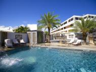 Burnas Beach & Apartments, 3*