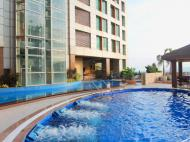 Crown Regency Hotels & Towers, 4*