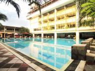 Nirmala Hotel & Convention Centre, 3*