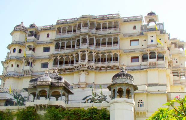 фото Raas Devigarh (ех. Devi Garh) изображение №2