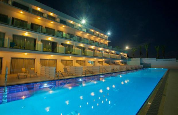 фото отеля King Evelthon Beach Hotel & Resort изображение №53