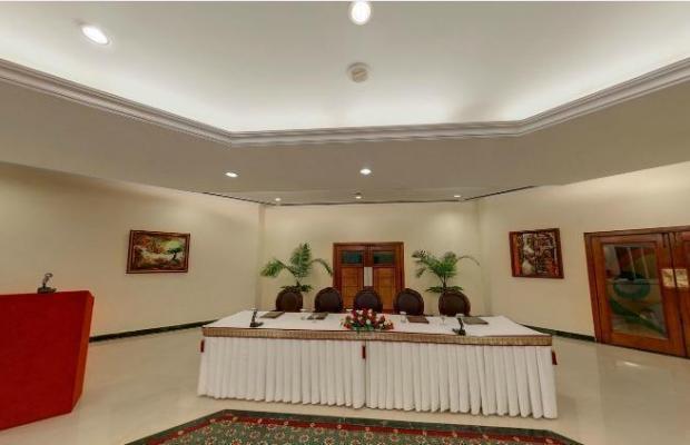 фото отеля Samrat изображение №21