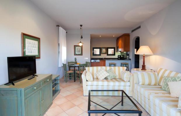 фото Aparthotel TorreMirona - Vila Birdie изображение №14