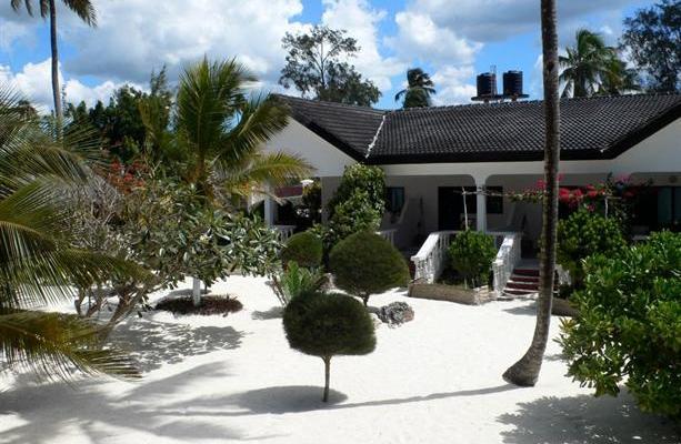 фото Uroa White Villa изображение №22