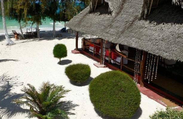 фото Uroa White Villa изображение №18