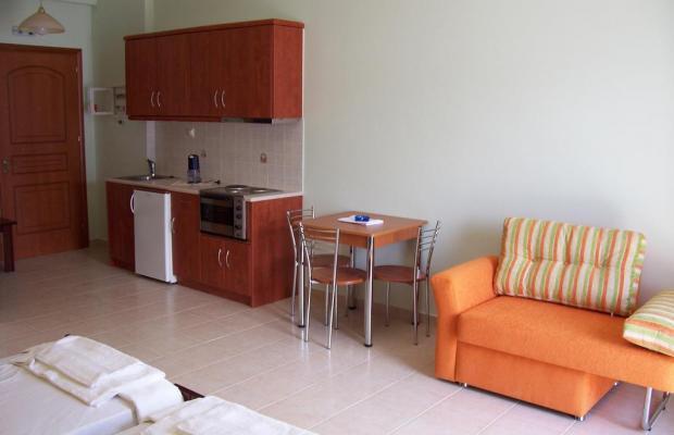 фотографии отеля Lazaratos изображение №19