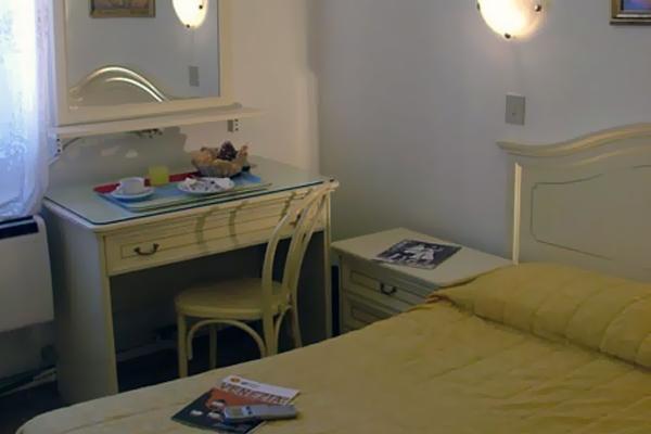 фотографии отеля Hotel Airone изображение №3