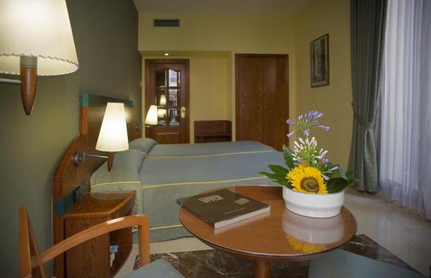 фотографии отеля Gran Hotel Barcino изображение №3