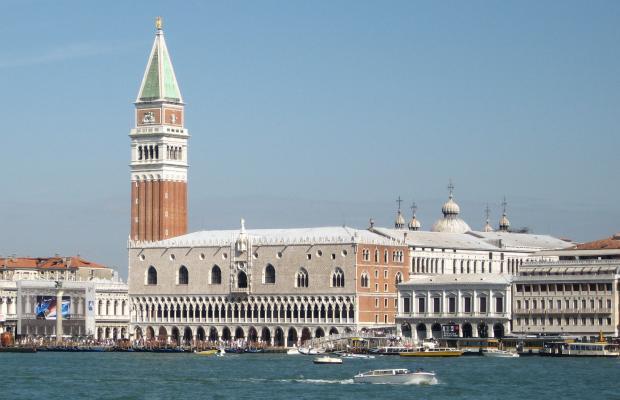 фото отеля San Marco Luxury Bellevue Luxury Rooms изображение №1
