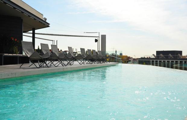 фото отеля B-Hotel изображение №1