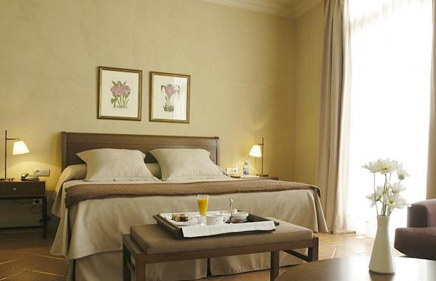 фотографии отеля Bremon Hotel Cardona изображение №11