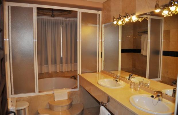 фото отеля Hotel Alfonso VI изображение №21