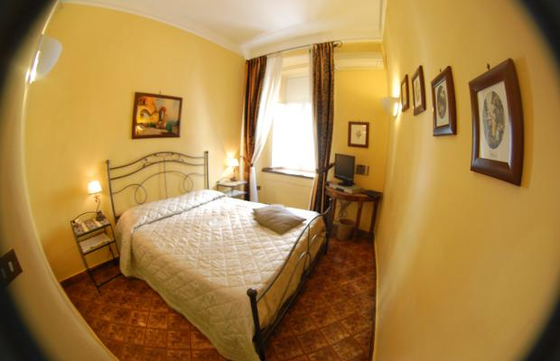 фото отеля Bed and Breakfast Napoli I Visconti изображение №17