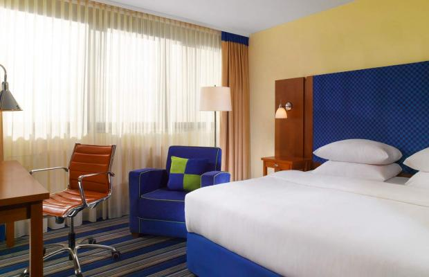фотографии отеля Four Points By Sheraton Munchen Olympiapark изображение №11