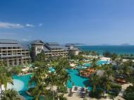 Pullman Oceanview Sanya Bay Resort & Spa, 5*