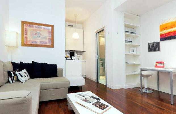 фото отеля Trevi Fountain View Apartment изображение №29