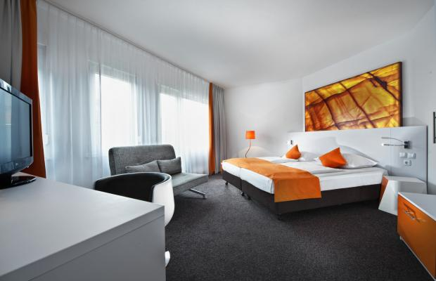 фотографии Wyndham Garden Duesseldorf City Centre Koenigsallee (ex. Grand City Hotel Dusseldorf Koenigsallee; Four Points by Sheraton) изображение №4