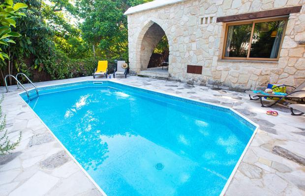 фото отеля Villa Violaris изображение №1