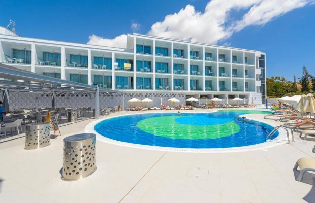 фото отеля River Rock Hotel изображение №1