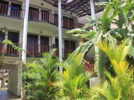 Tropicana Guesthouse, Гостевой дом