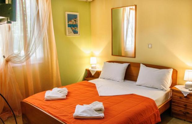 фото  Christos Rooms (ex. George & Christos) изображение №6