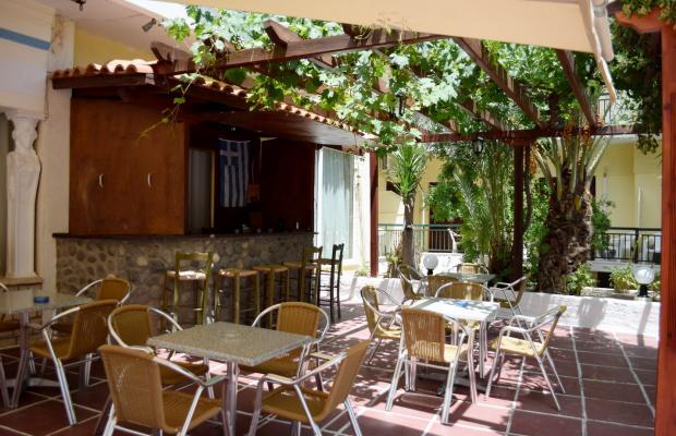 фото отеля Hotel Karyatides изображение №17