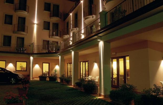 фотографии отеля International Hotel изображение №11