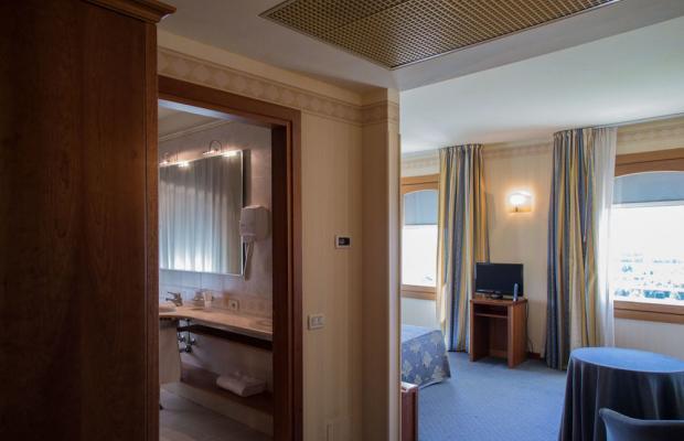 фотографии отеля Astoria Hotel изображение №3