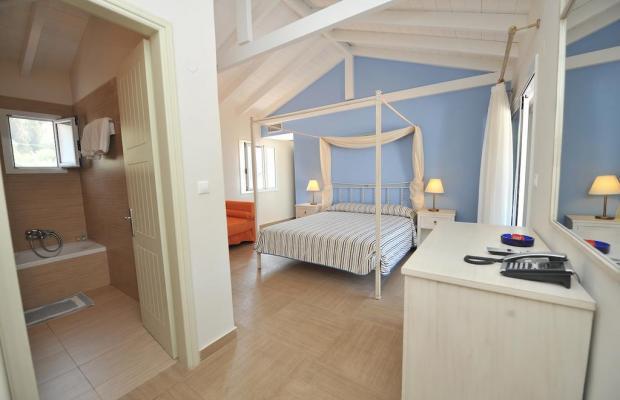 фотографии Hotel Agios Nikitas изображение №16