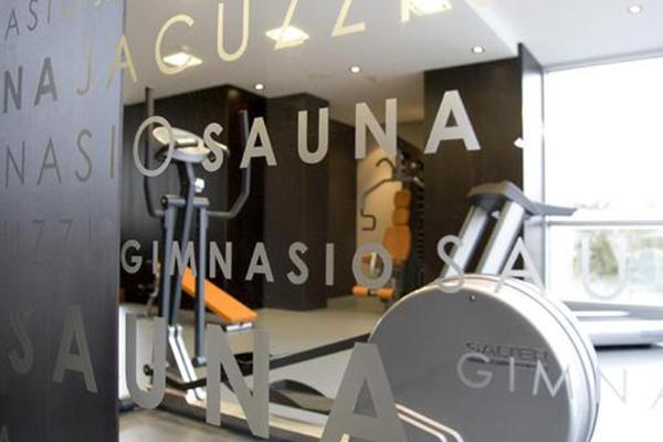фотографии отеля NH Puerto de Sagunto изображение №27