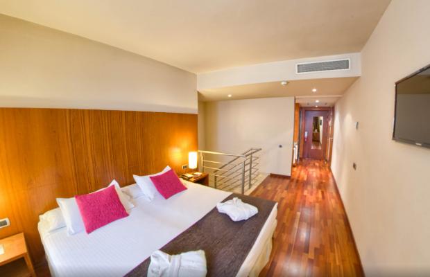 фотографии отеля Acevi Villarroel изображение №11
