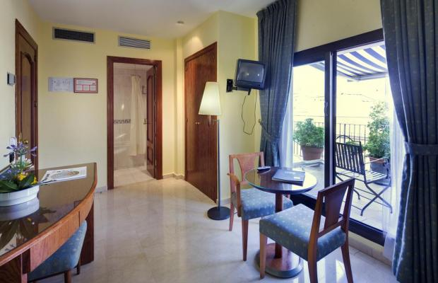 фотографии отеля Gran Hotel Barcino изображение №7