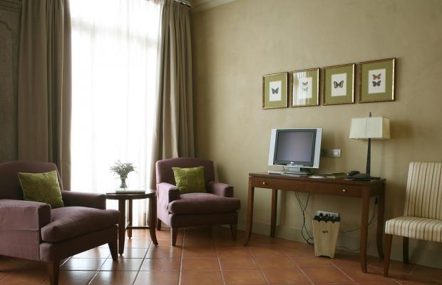 фото Bremon Hotel Cardona изображение №6