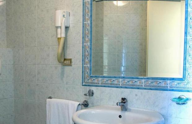 фото отеля Hotel Laura изображение №9