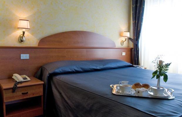 фотографии отеля Hotel Laura изображение №3