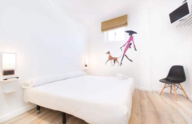 фотографии AinB Las Ramblas Colon Apartments изображение №20