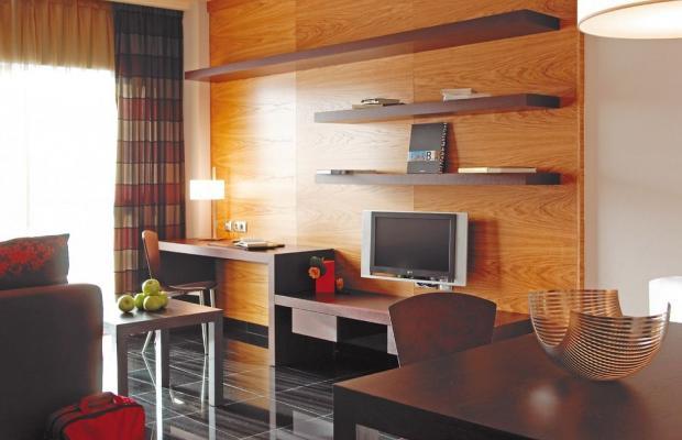 фото Hotel Hesperia Fira Suites изображение №10
