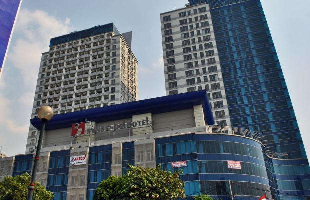 фото отеля Swiss-Belhotel Mangga Besar изображение №1
