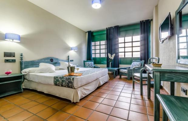 фотографии отеля Hotel Almagro изображение №19