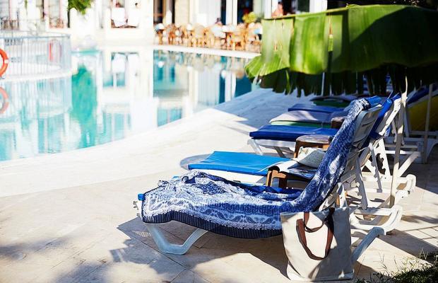 фото Serpina Hotel изображение №2