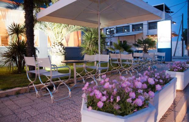 фотографии отеля Hotel Yakinthos изображение №15
