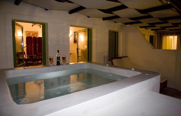 фото отеля Adamis Majesty Suites изображение №17