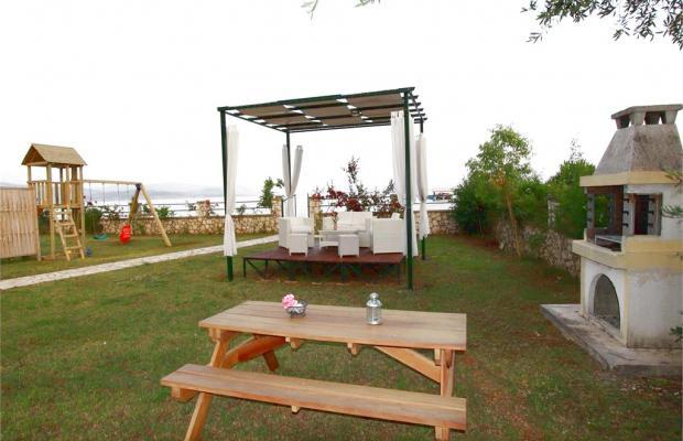 фотографии отеля Beachfront Barbati Villa 1 изображение №7