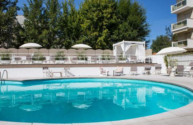 фото Oxygen Lifestyle Hotel (ех. Helvetia Parco) изображение №2