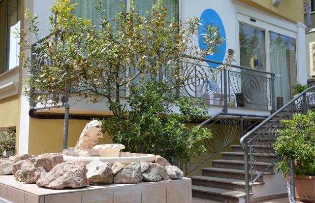 фото отеля Carolin изображение №1