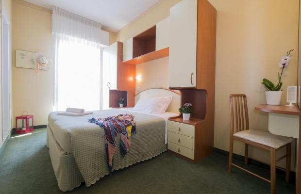 фото отеля Crosal изображение №13
