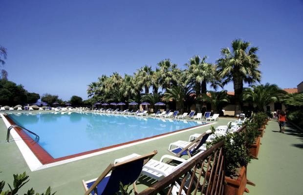 фото отеля Baia delle Sirene Beach Resort (ex. Club Capo Sant'Irene) изображение №1