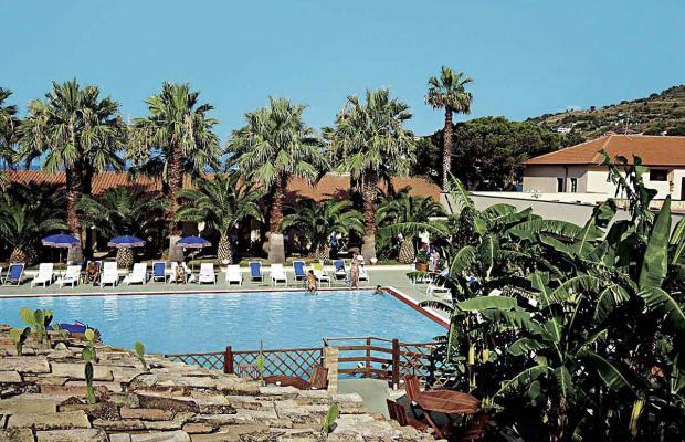 фотографии Baia delle Sirene Beach Resort (ex. Club Capo Sant'Irene) изображение №8