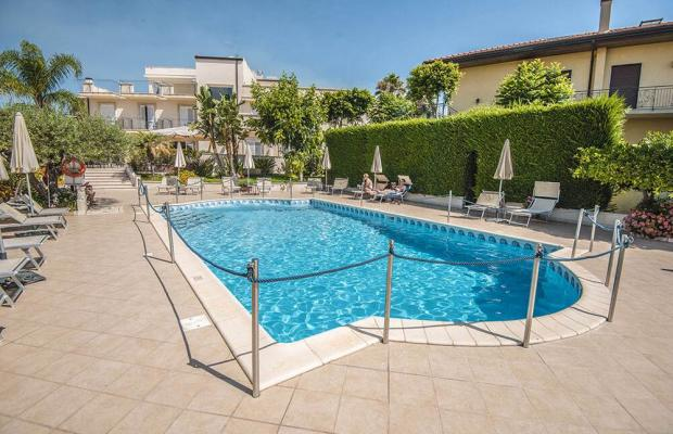 фото отеля Villa Daphne изображение №5