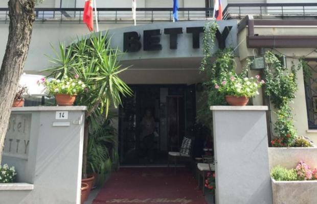 фотографии отеля Betty изображение №3